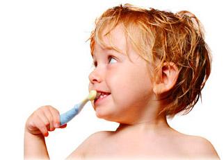 Odontopediatra en clínica dental Santomera